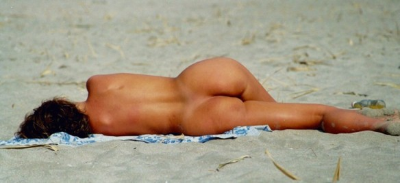 Eu gosto é do verão! Fotos de gajas na praia... (clique na imagem, para visualizar o post completo)